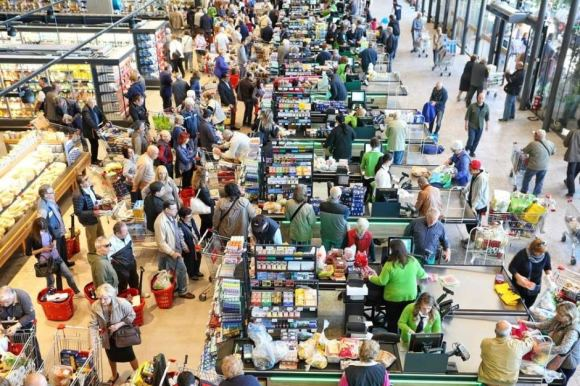 busy supermarket by ABC News